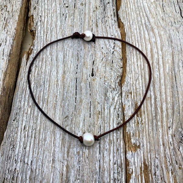 Seaside Pearls Knotted Jane Single Pearl and Leather Choker Necklace